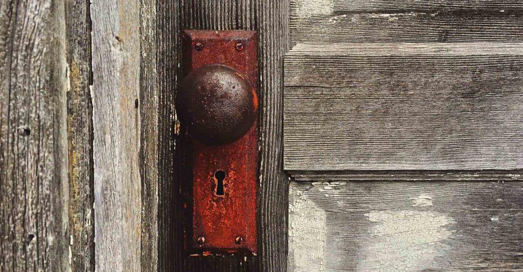 door and doorknob, unforgiveness, turning inward